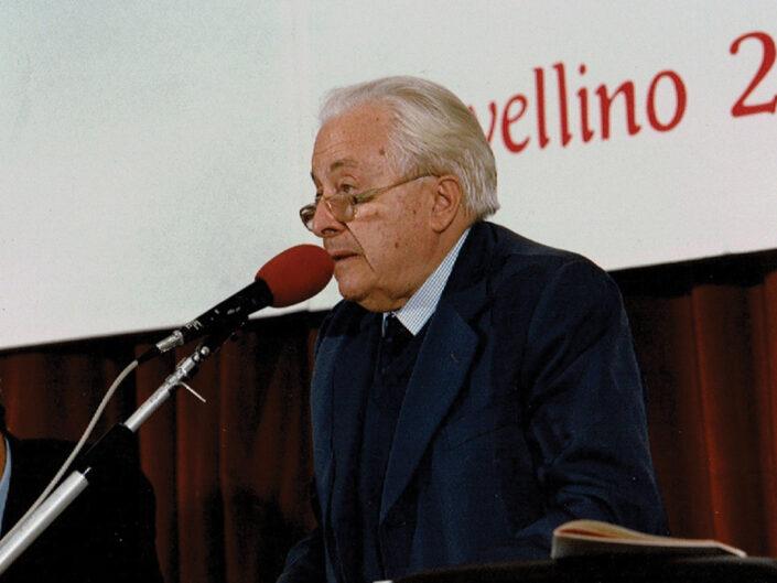 """Carlo Muscetta al convegno """"Guido Dorso e i problemi della società meridionale"""", Avellino 22-24 ottobre 1987."""