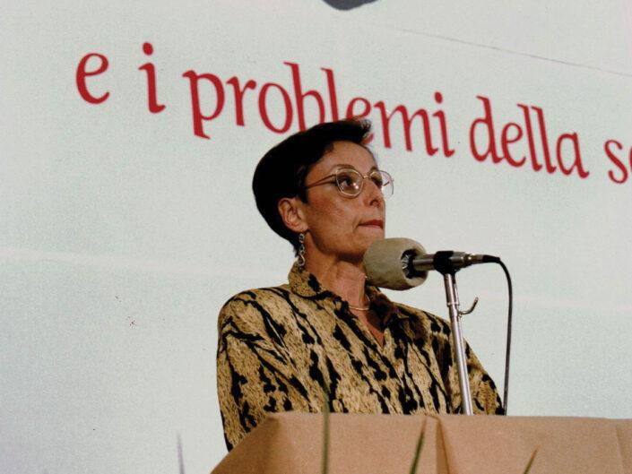 """Cecilia Valentino al convegno """"Guido Dorso e i problemi della società meridionale"""", Avellino 22-24 ottobre 1987."""