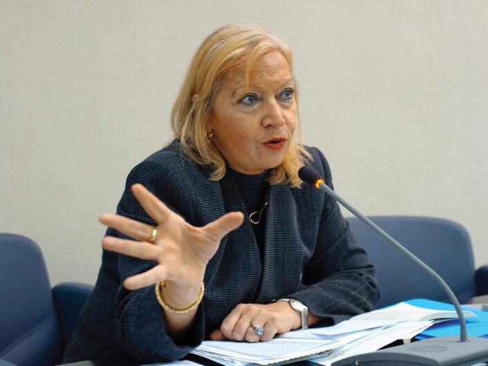 """Emma Giammattei al convegno """"Liberalismo, democrazia e socialismo dall'Unità d'Italia alla Carta costituzionale"""", Avellino, 14-15 ottobre 2010."""