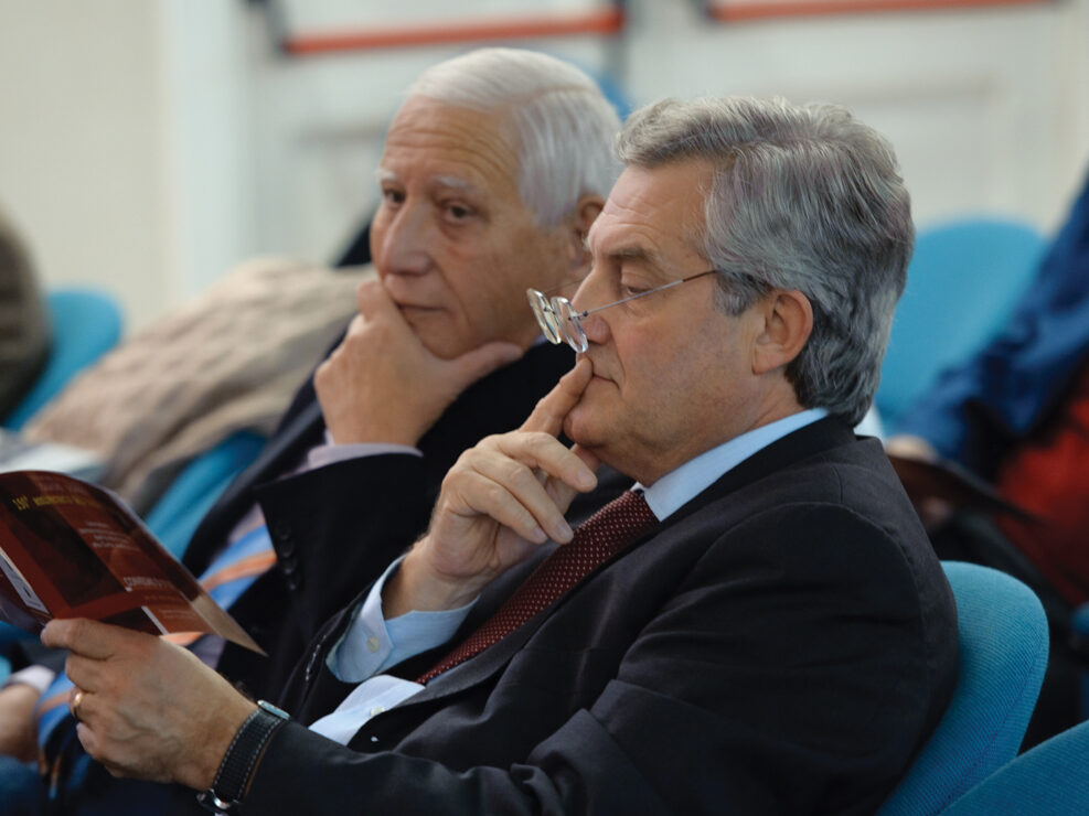 """Gianni Festa e Giuseppe Acocella al convegno """"Liberalismo, democrazia e socialismo dall'Unità d'Italia alla Carta costituzionale"""", Avellino, 14-15 ottobre 2010."""