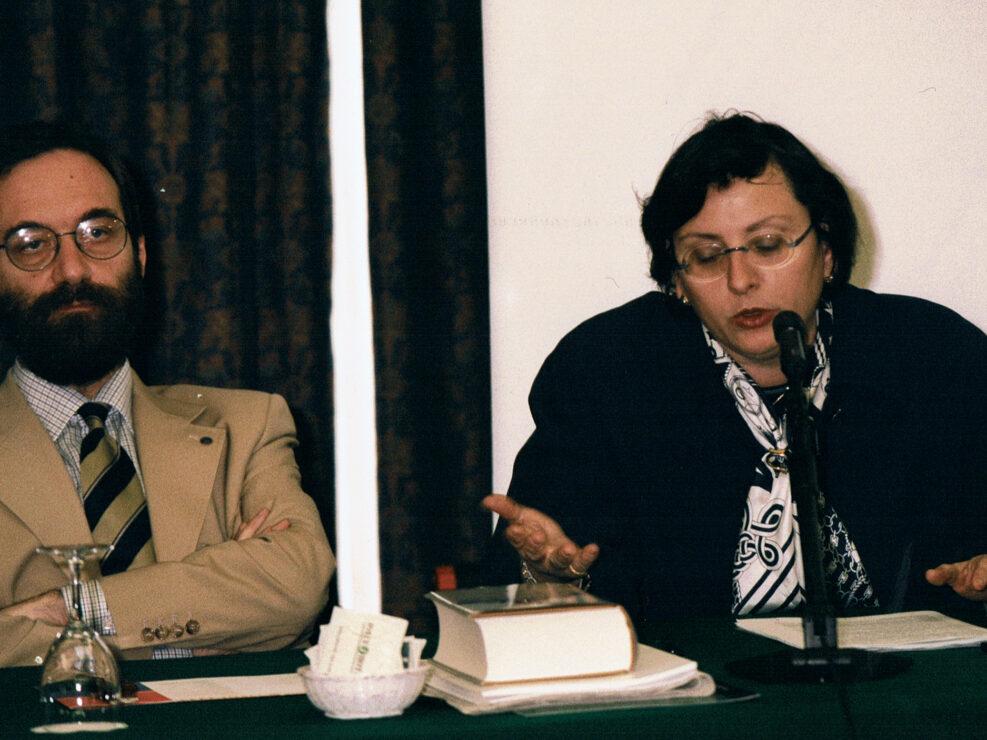 """Gian Paolo Romagnani e Maria Sirago al convegno """"Nelle province dell'impero"""", Avellino 10-13 aprile 2002."""
