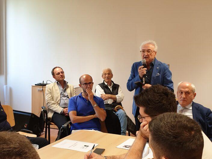 """Intervento del sindaco Edgardo Pesiri alla prima edizione della Summer School """"Globalizzazione e sviluppo sostenibile"""", Castello di Gesualdo 6-7 settembre 2019."""