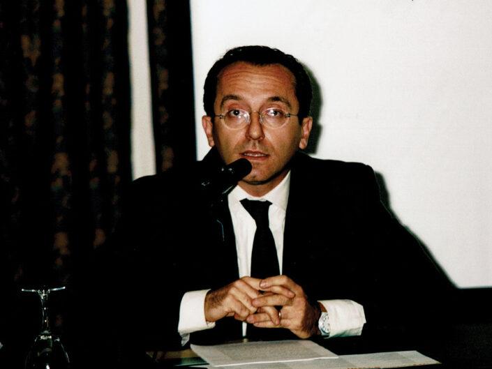 """Alfredo Buccaro al convegno """"Nelle province dell'impero"""", Avellino 10-13 aprile 2002."""