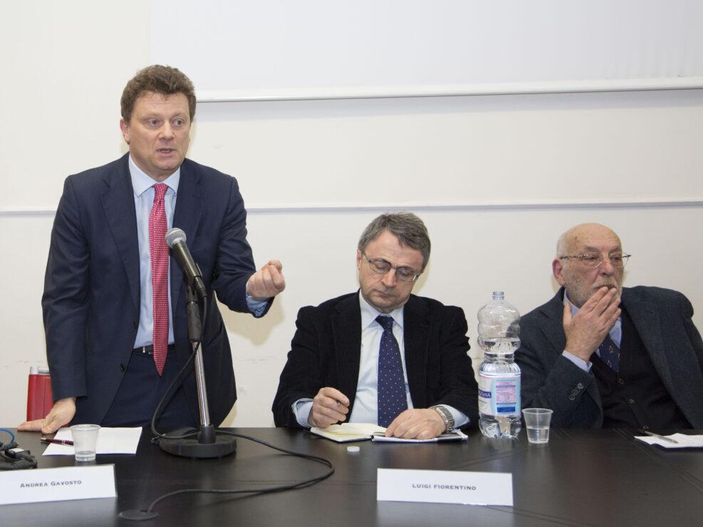 """Andrea Gavosto, Luigi Fiorentino e Nunzio Cignarella al convegno """"La scuola irpina nel contesto generale. Analisi e discussione"""", Avellino 16 febbraio 2018."""