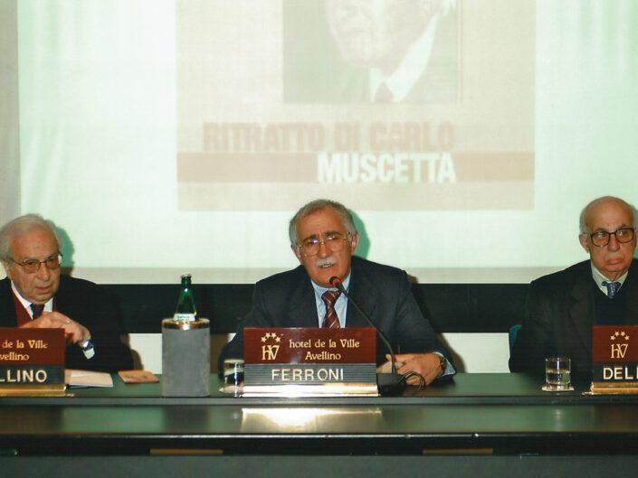 """Nino Borsellino, Giulio Ferroni e Dante Della Terza al convegno """"Ritratto di Carlo Muscetta"""", Avellino 6-8 aprile 2005."""