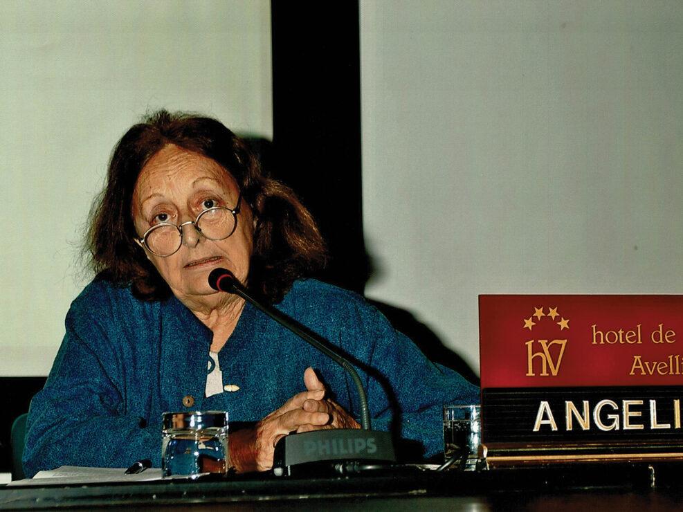"""Franca Angelini al convegno """"Ritratto di Carlo Muscetta"""", Avellino 6-8 aprile 2005."""